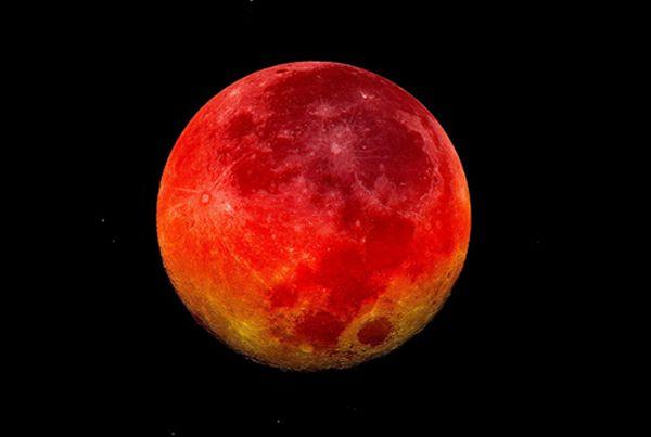 sun bleeds fire to echo moon